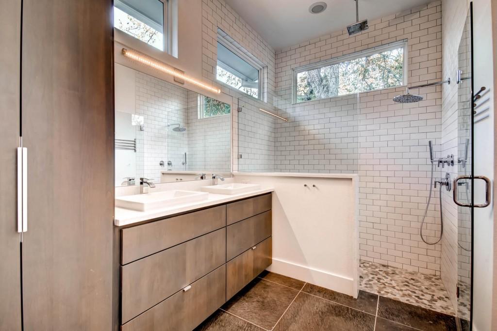 1809-Romeria-Dr-Unit-A-Austin-large-019-91-Master-Bathroom-1500x1000-72dpi-1024x683.jpg