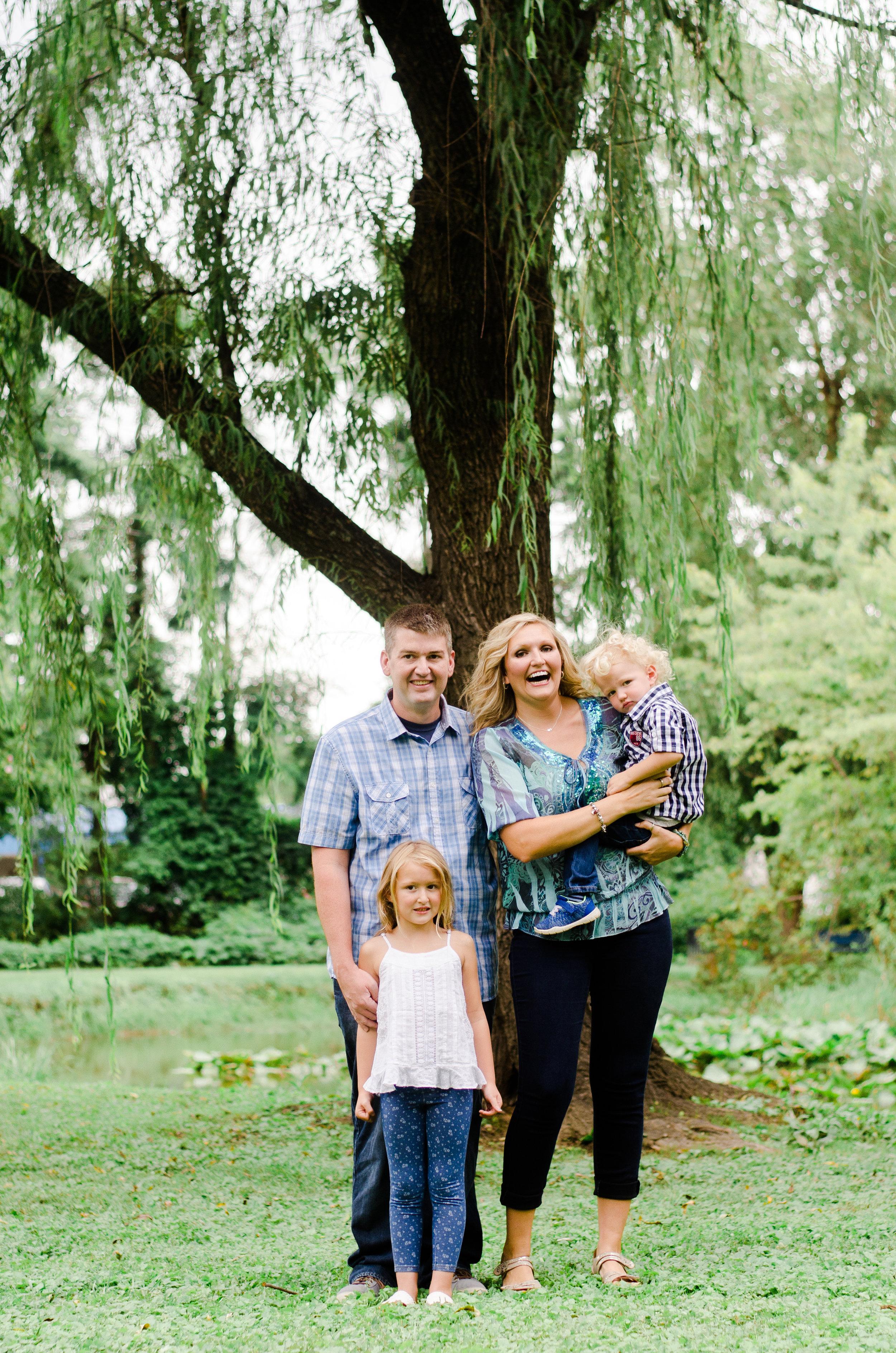 Leslie's Family Session -14.jpg