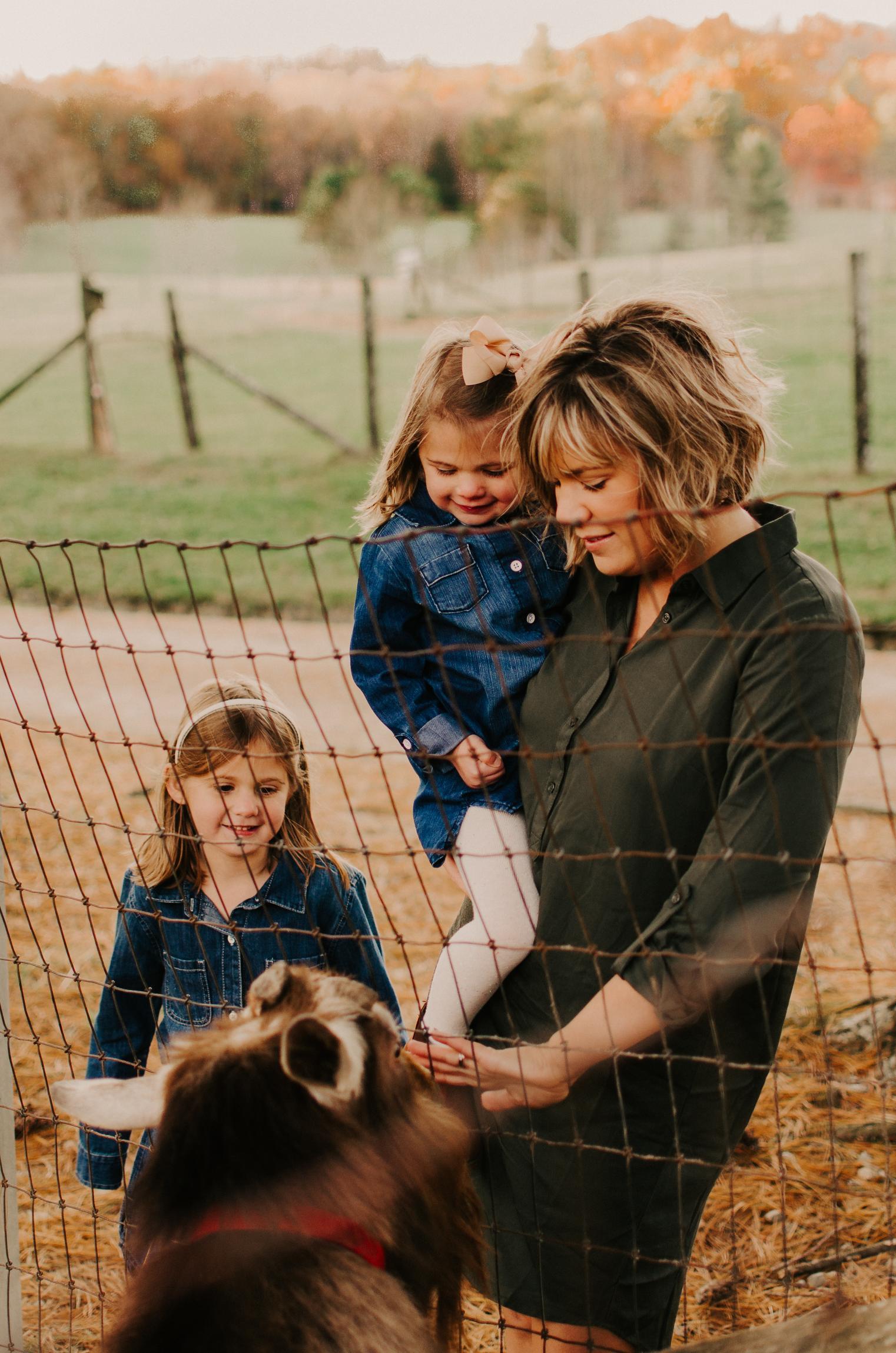 children-portraits-dixon-family.jpg.