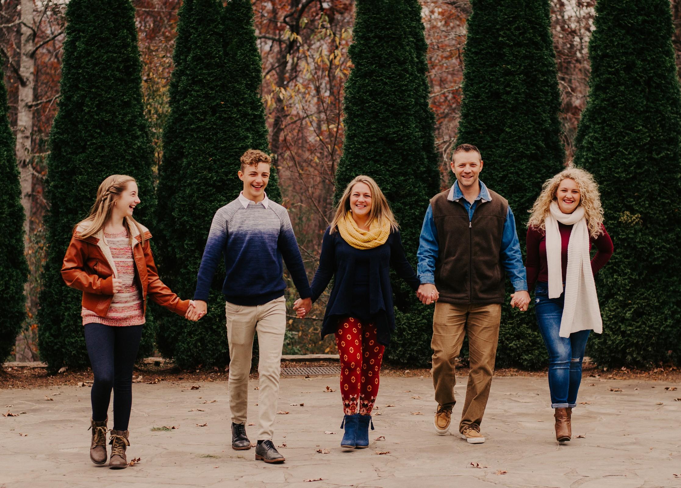 family-photo-bayne-family.jpg.