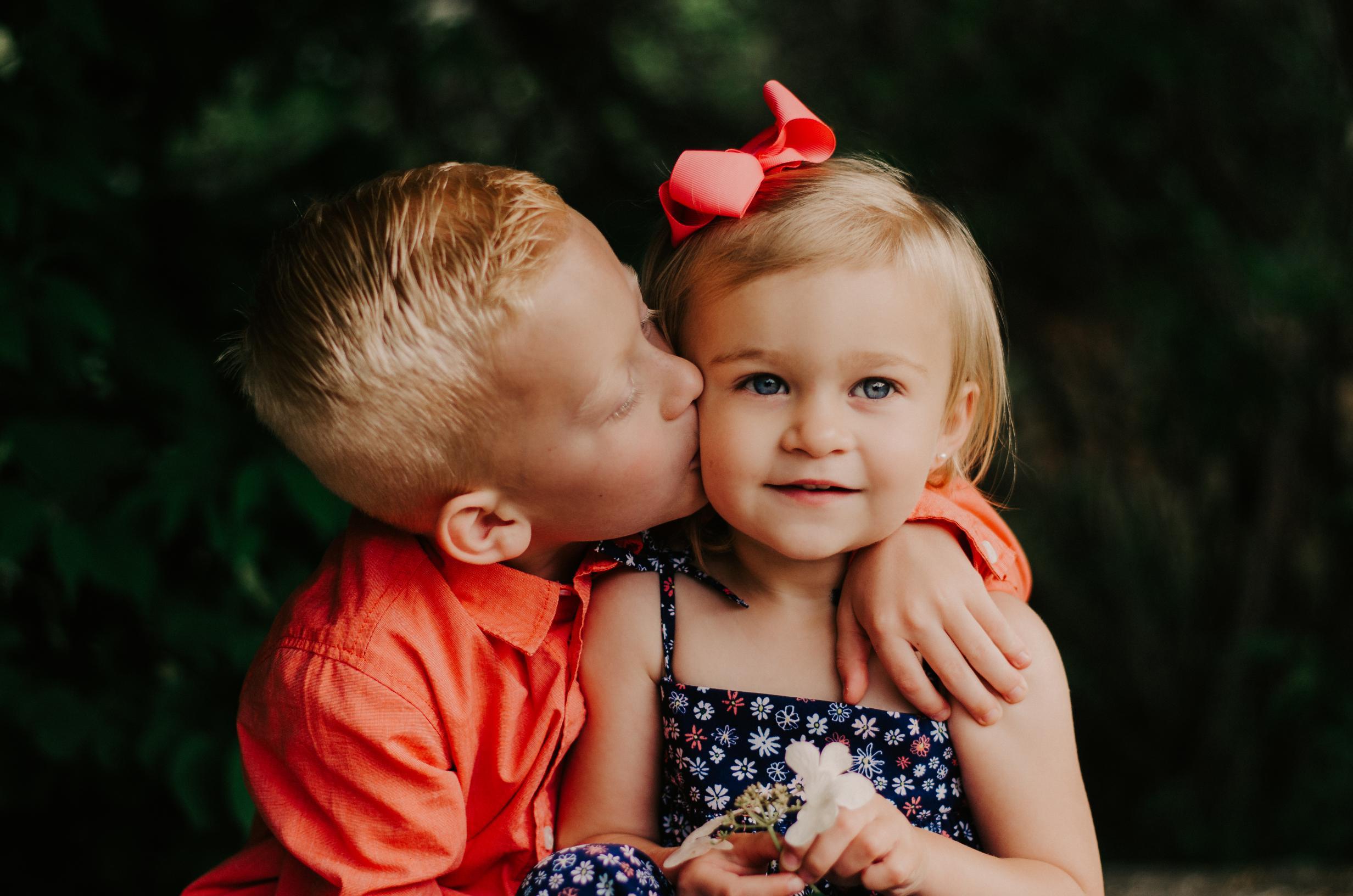 children-photography-sibling-portrait.jpg.