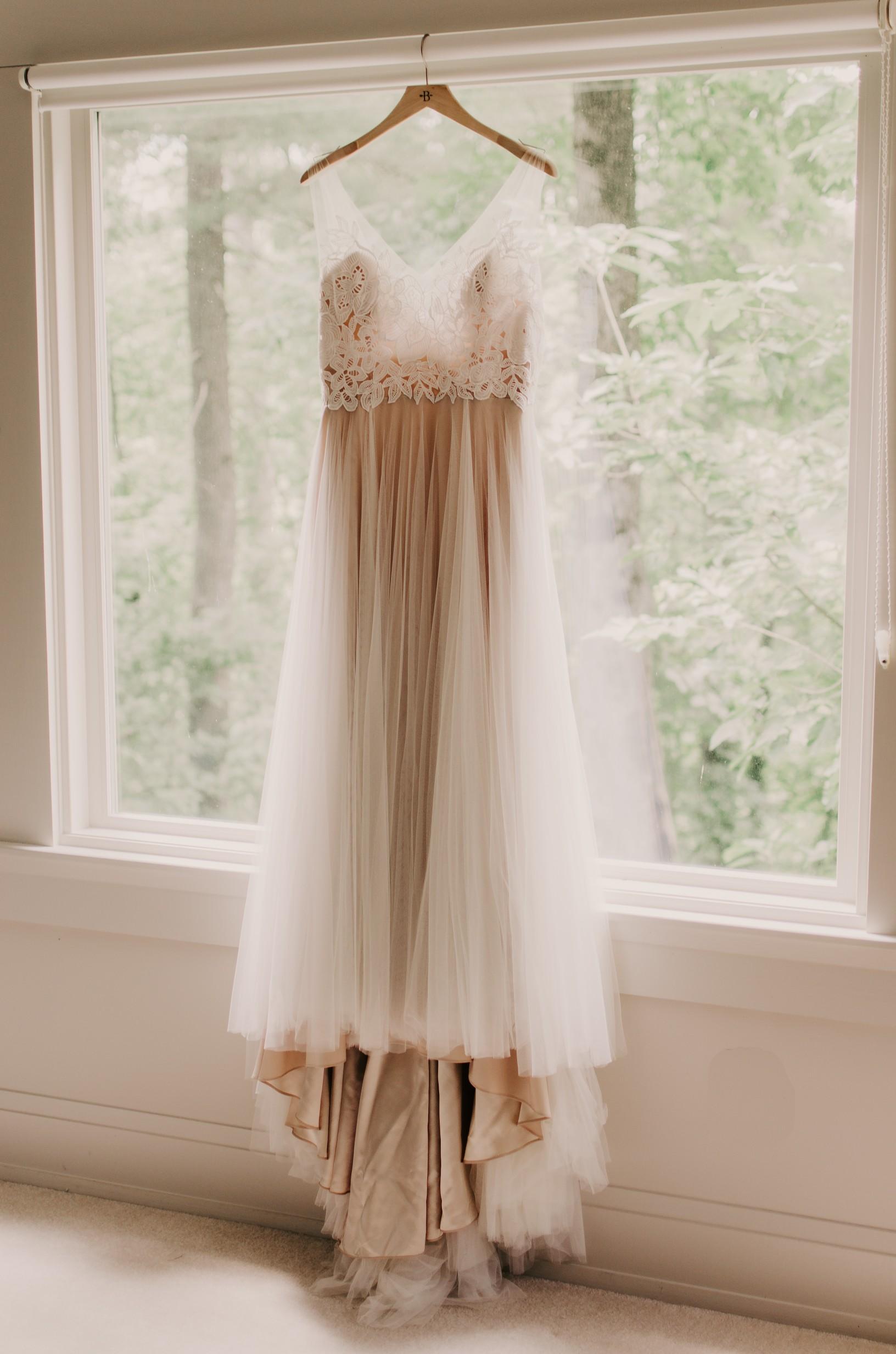 wedding-dress-photography.jpg.