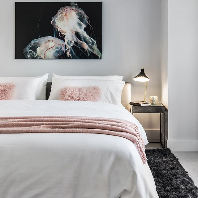 Exclusively to Design created an updated  master bedroom for a coastal urban vacation condo. on the water. #miami #miamicondos #interiordesign #miamirealestate #bedroomdecor #interiordesigner #exclusivelytodesign#picoftheday