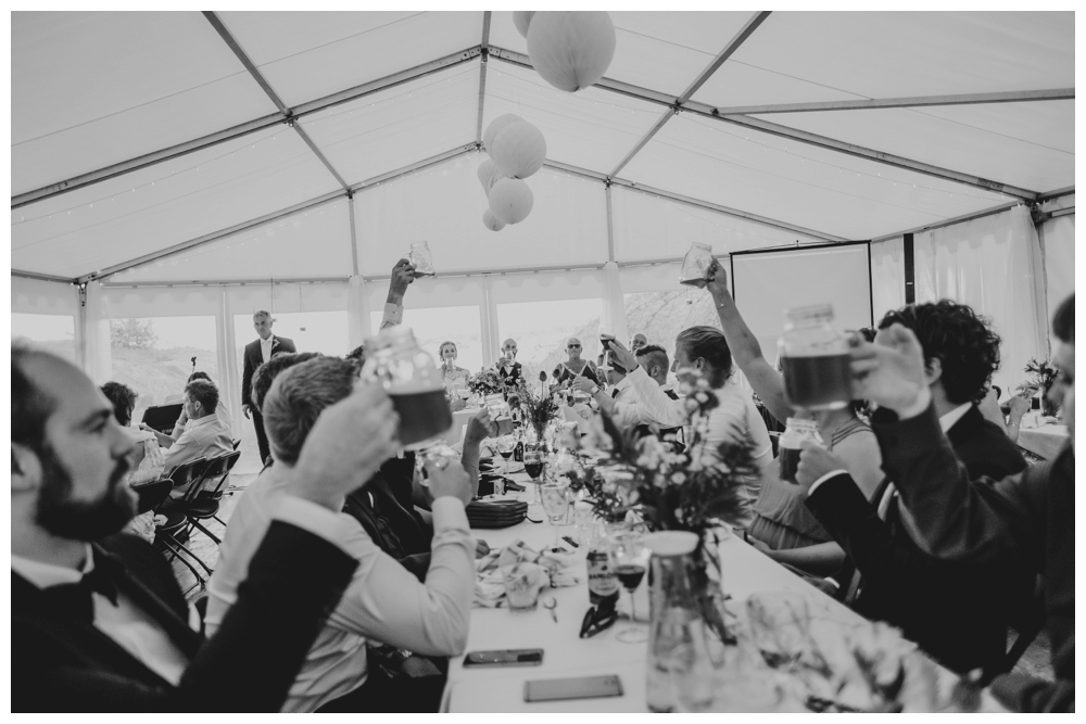 therese+thomas_juli2016_2898_wedding photographer norway.jpg