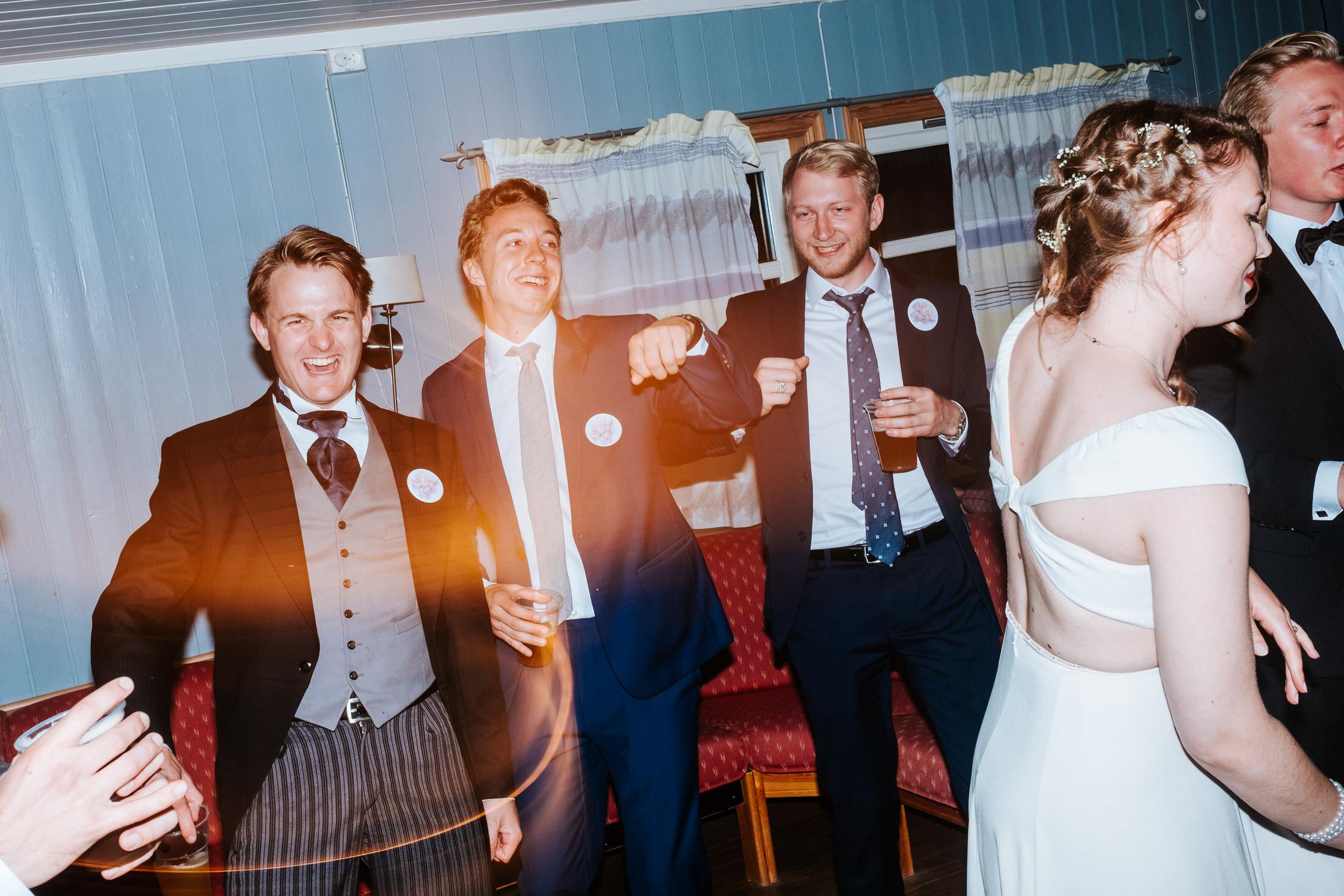 bryllupsfotograf-telemark-brevik-klokkerholmen_057.JPG