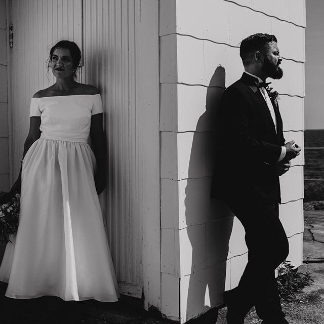 Elsker når brudepar lar meg være kreativ og lage annerledes bilder som dette! Hatten av til disse fine folka Una og Sebastian😊