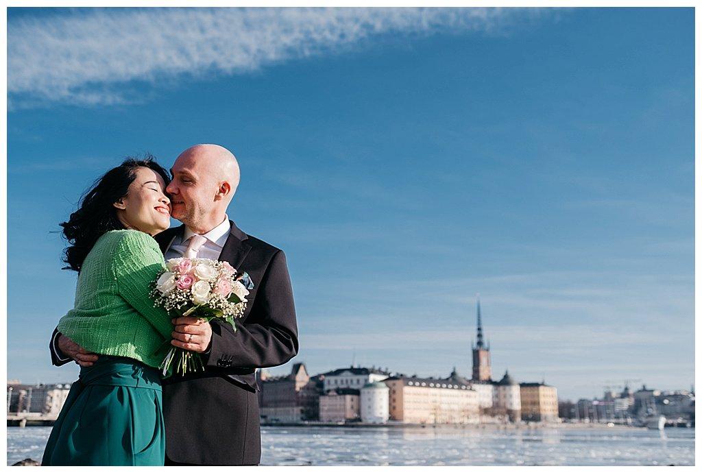 Brollopsfotograf stadshuset stockholm_brollop i stadshuset_vigsel i stadshuset_borgerlig vigsel_linda rehlin_cecilia pihl_