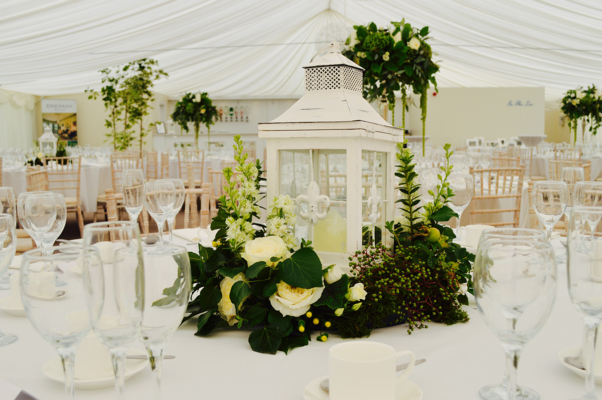 centre+piece+The+Wedding+Room.jpg