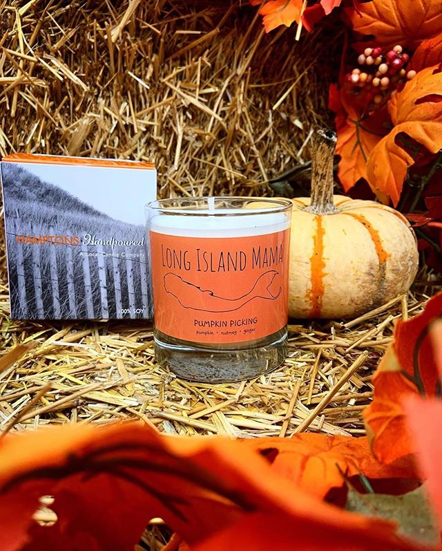 LONG ISLAND MOMS this is for you! 🙏🏼😘 Mama Allie at @themermaidstailshop has created her beautiful small business based in Northport, NY which it's main focus is to raise awareness & offer support to women who are dealing with Postpartum Depression 🤱🏻 When she reached out to me to create this special 'Pumpkin Picking' Candle for her moms, I was totally honored & proud to be a part of her mission which is so very needed. Each scent was hand selected by Allie to embody Fall on LI. $1 from every candle sold is going directly to @postpartumrcofny where she is an active volunteer 🧡💪🏼 Check out her Online Shop to purchase! www.TheMermaidsTailShop.com