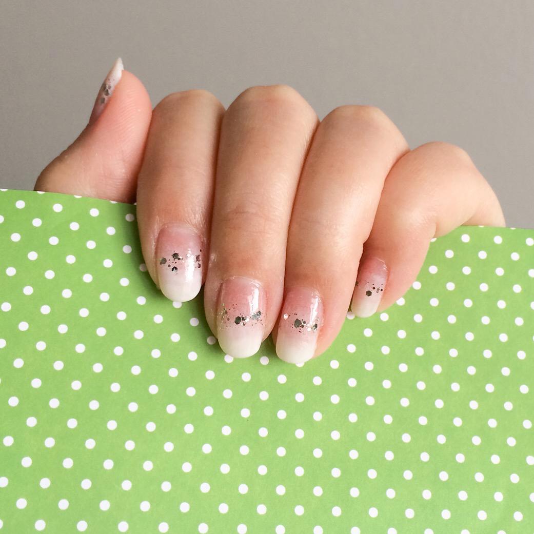 Essie 545 Pink Glove Service, 958 Set in Stones / China Glaze 622 Moonlight