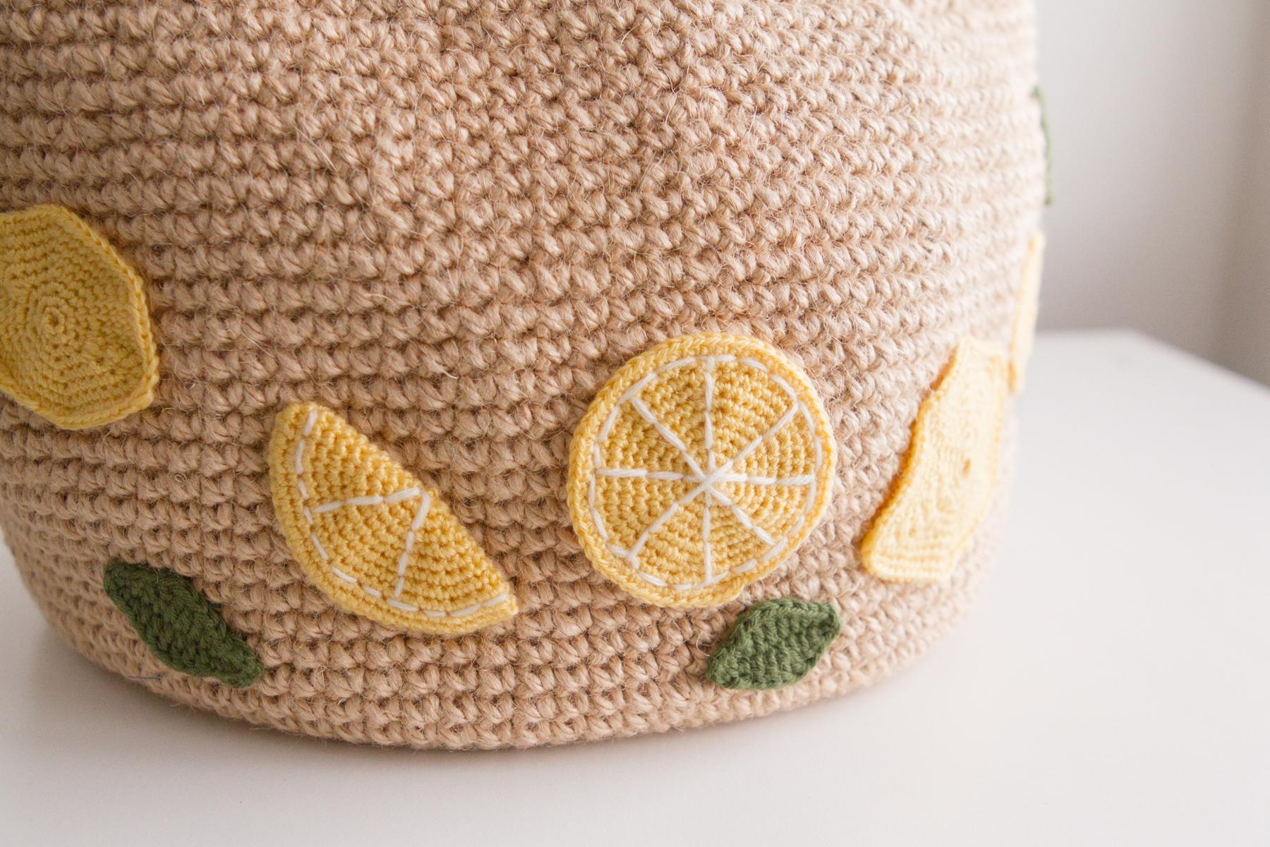 Crocheted lemons slices up close
