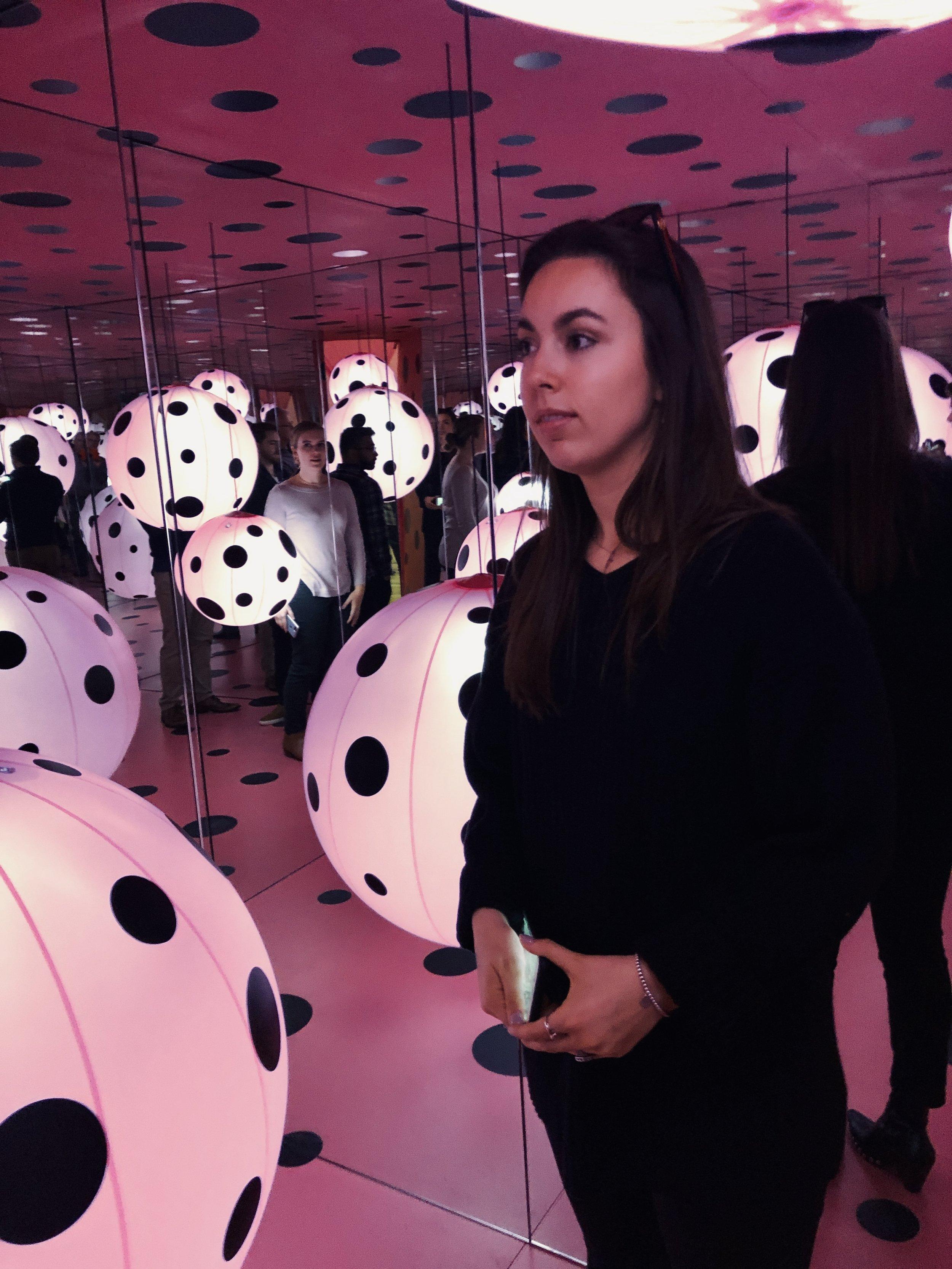 pink dots Kusama