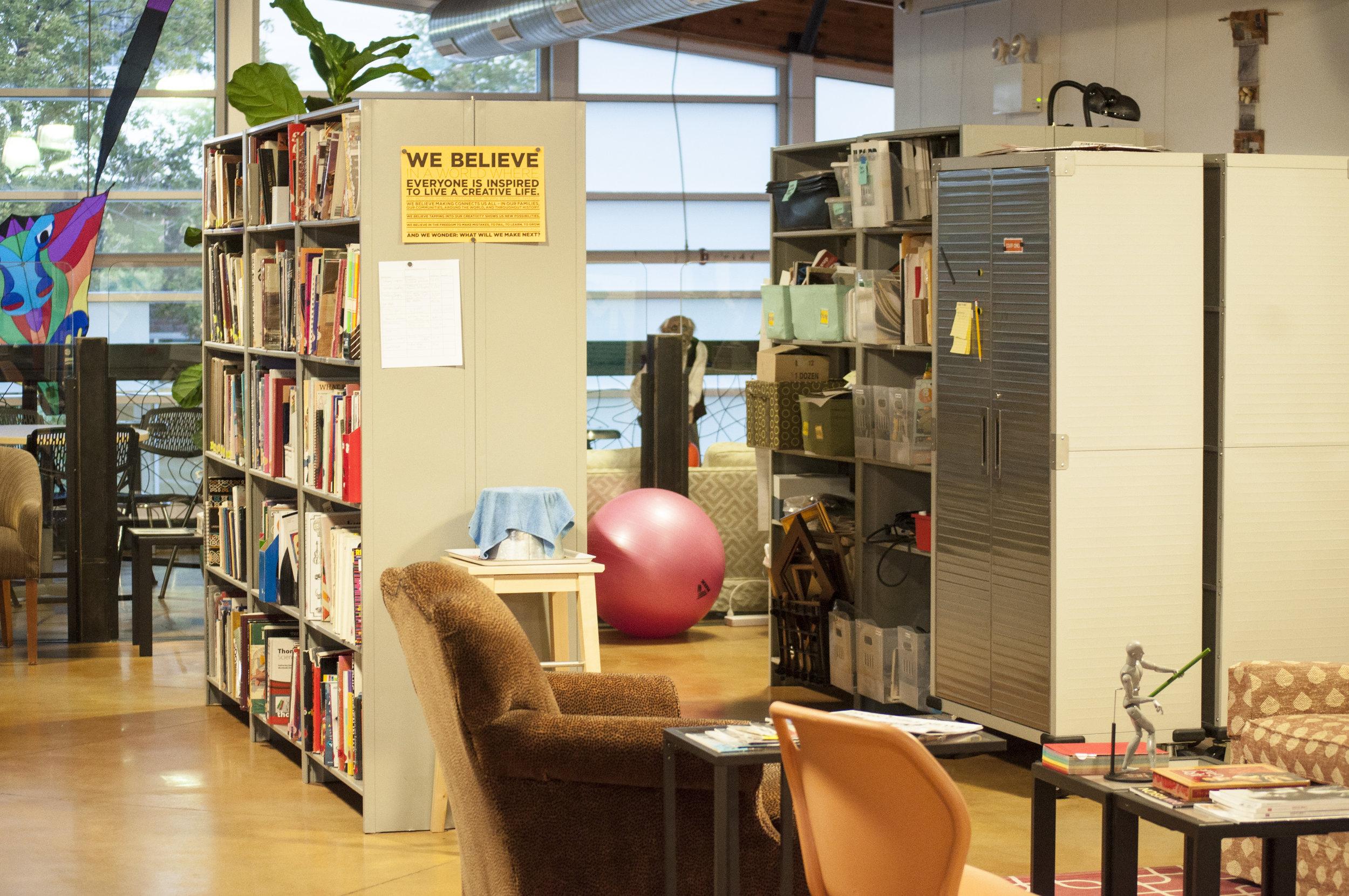 Art Gym Community Library
