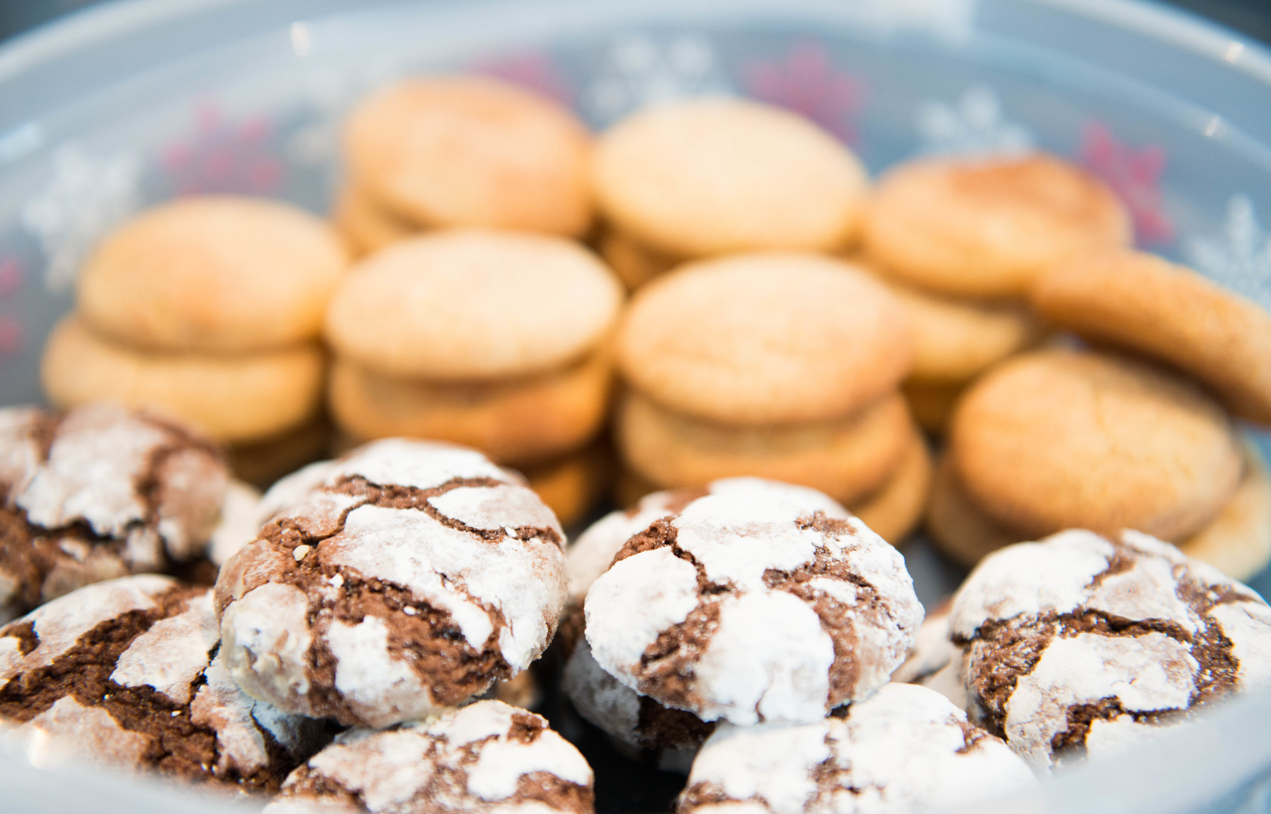 Homemade chocolate crinkle cookies and snickerdoodles - www.lisavillellaphotography.com