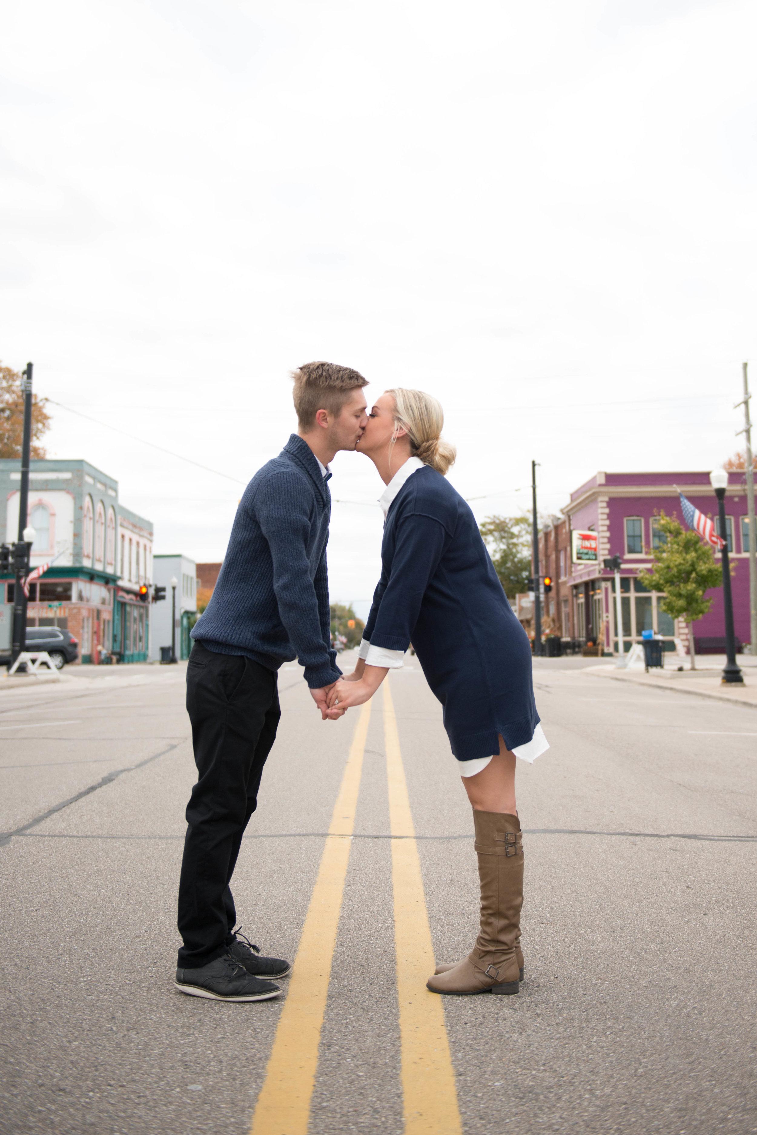 metro-detroit-wedding-photographer-enagement-Villella-018.jpg