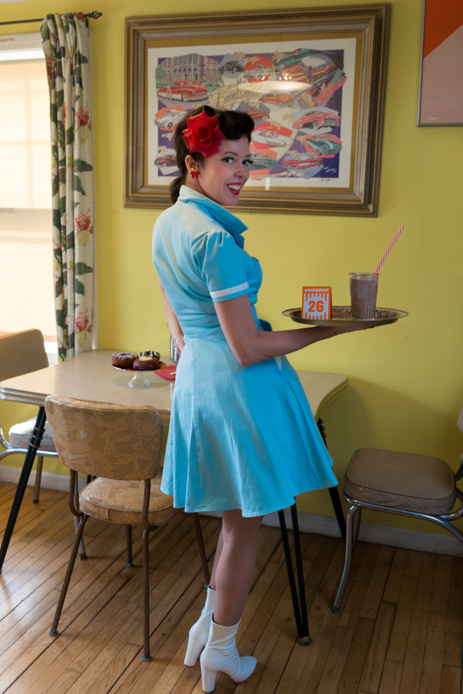 pinup-vintage-waitress-lisa-villella-photography-blog-9.jpg