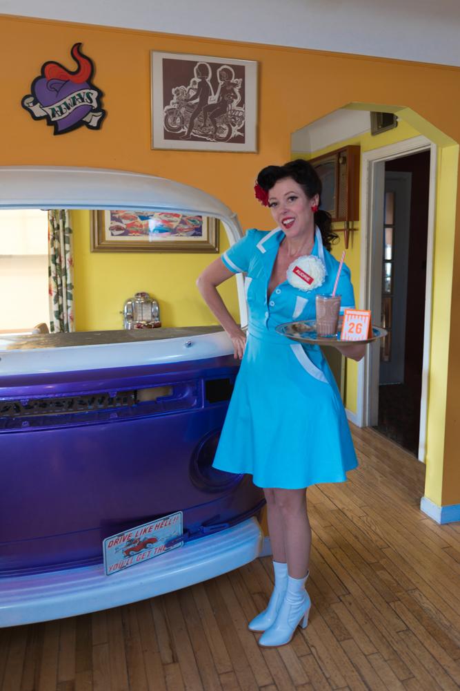 pinup-vintage-waitress-lisa-villella-photography-blog-7.jpg
