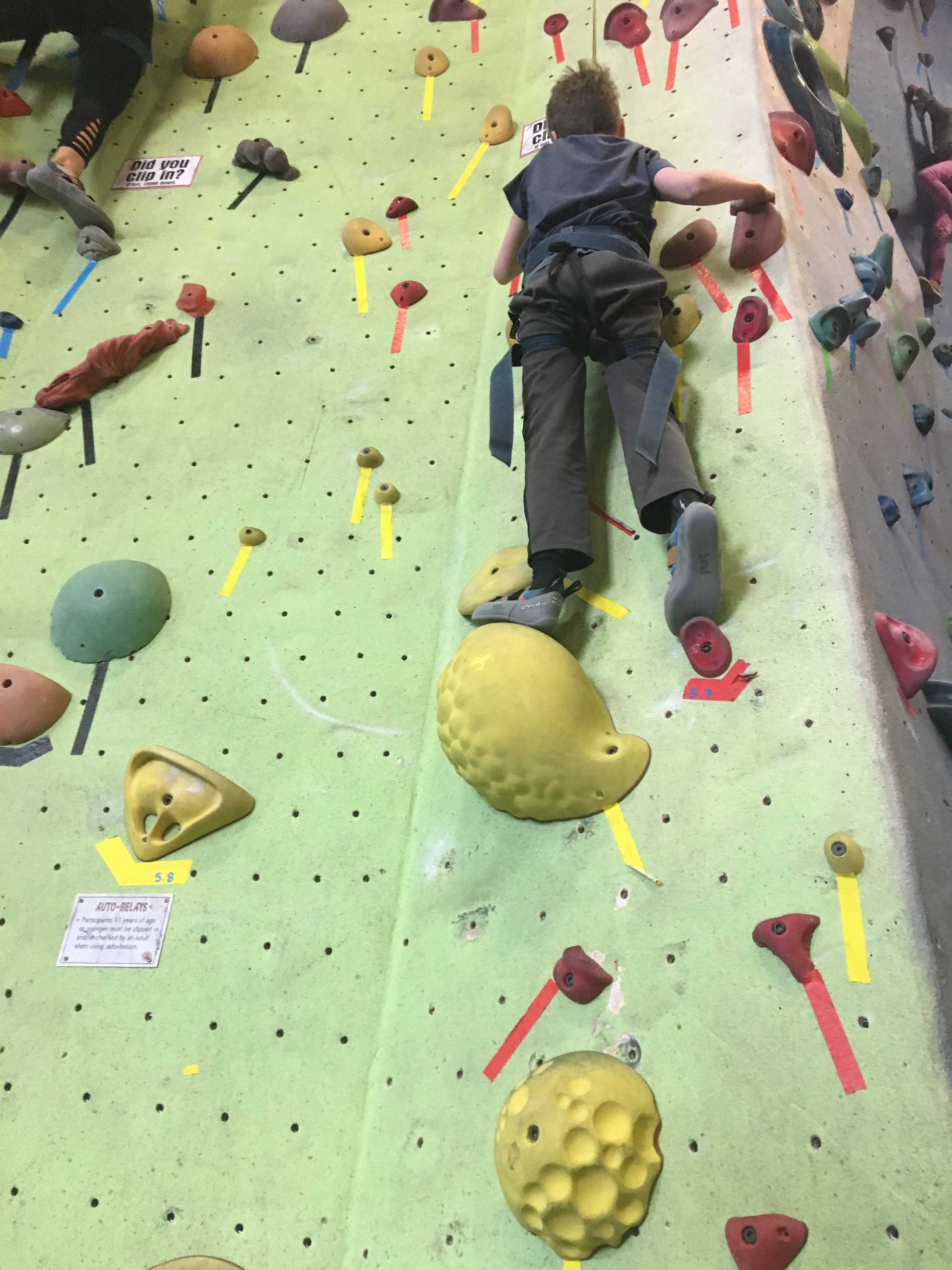 rock-climbing-spring-break-3.JPG