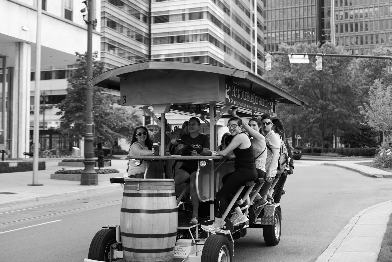 Detroit-downtown-city-engagement-lisa-villella-photography-12.jpg
