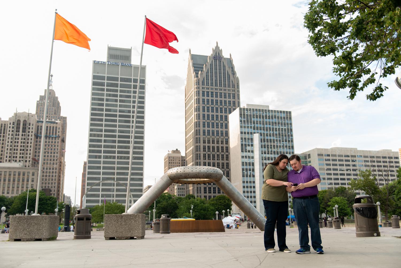 Detroit-downtown-city-engagement-lisa-villella-photography-22.jpg