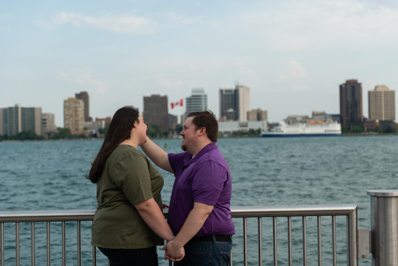 Detroit-downtown-city-engagement-lisa-villella-photography-23.jpg