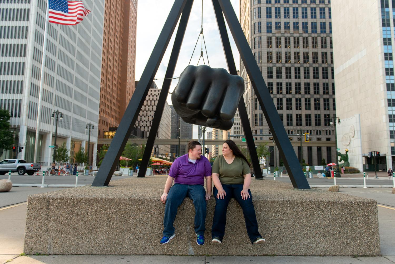 Detroit-downtown-city-engagement-lisa-villella-photography-27.jpg