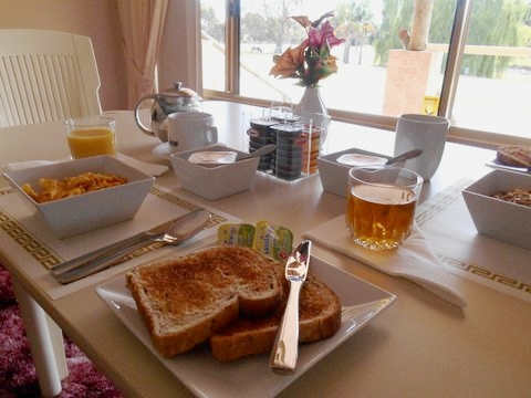 Rayanne Homestead continental breakfast.jpg