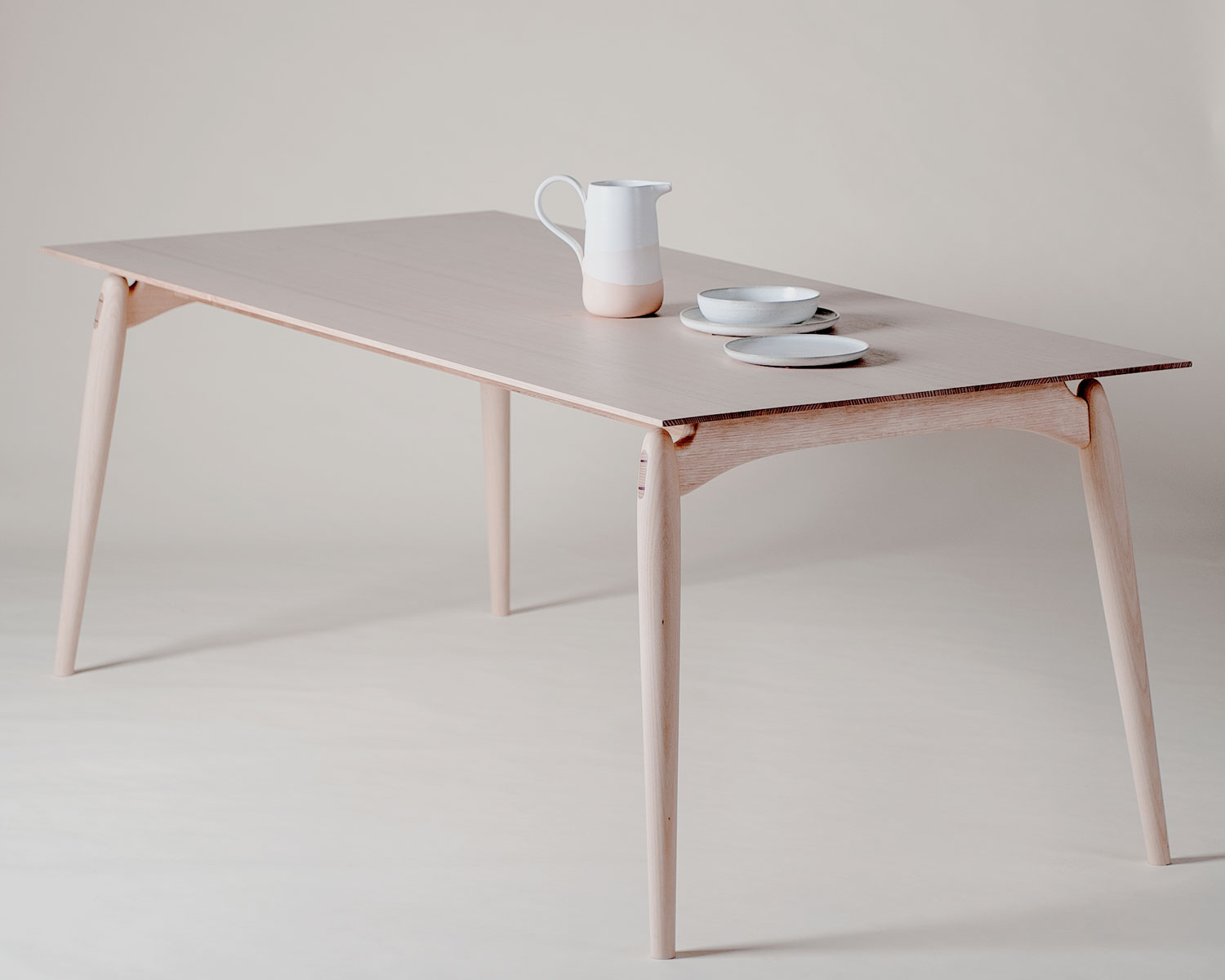 Fred-Table-by-Modern-Times-and-Adam-Markowitz-Yellowtrace-06.jpg