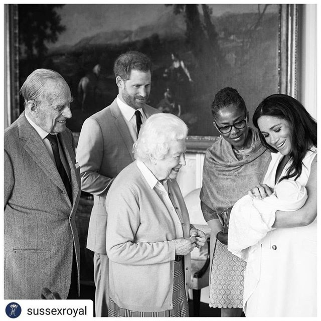 Baby Sussex has a name! #Repost @sussexroyal • • • • • The Duke and Duchess of Sussex are pleased to announce they have named their first born child:  Archie Harrison Mountbatten-Windsor  This afternoon Their Royal Highnesses introduced Her Majesty The Queen to her eighth great-grandchild at Windsor Castle. The Duke of Edinburgh and The Duchess' mother were also present for this special occasion.  Photo credit: Chris Allerton ©️SussexRoyal #moderndoula
