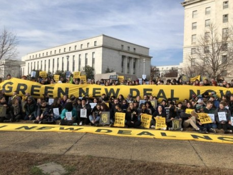 Members of the Sunrise Movement campaigning for The Plan For a Green New Deal, proposed by U.S. Representative Alexandria Ocasio-Cortez and which CA Senator Scott Wiener supports.