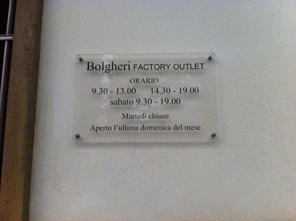 Zegna Öffnungszeiten (Bolgheri ist die Holding von Zegna)