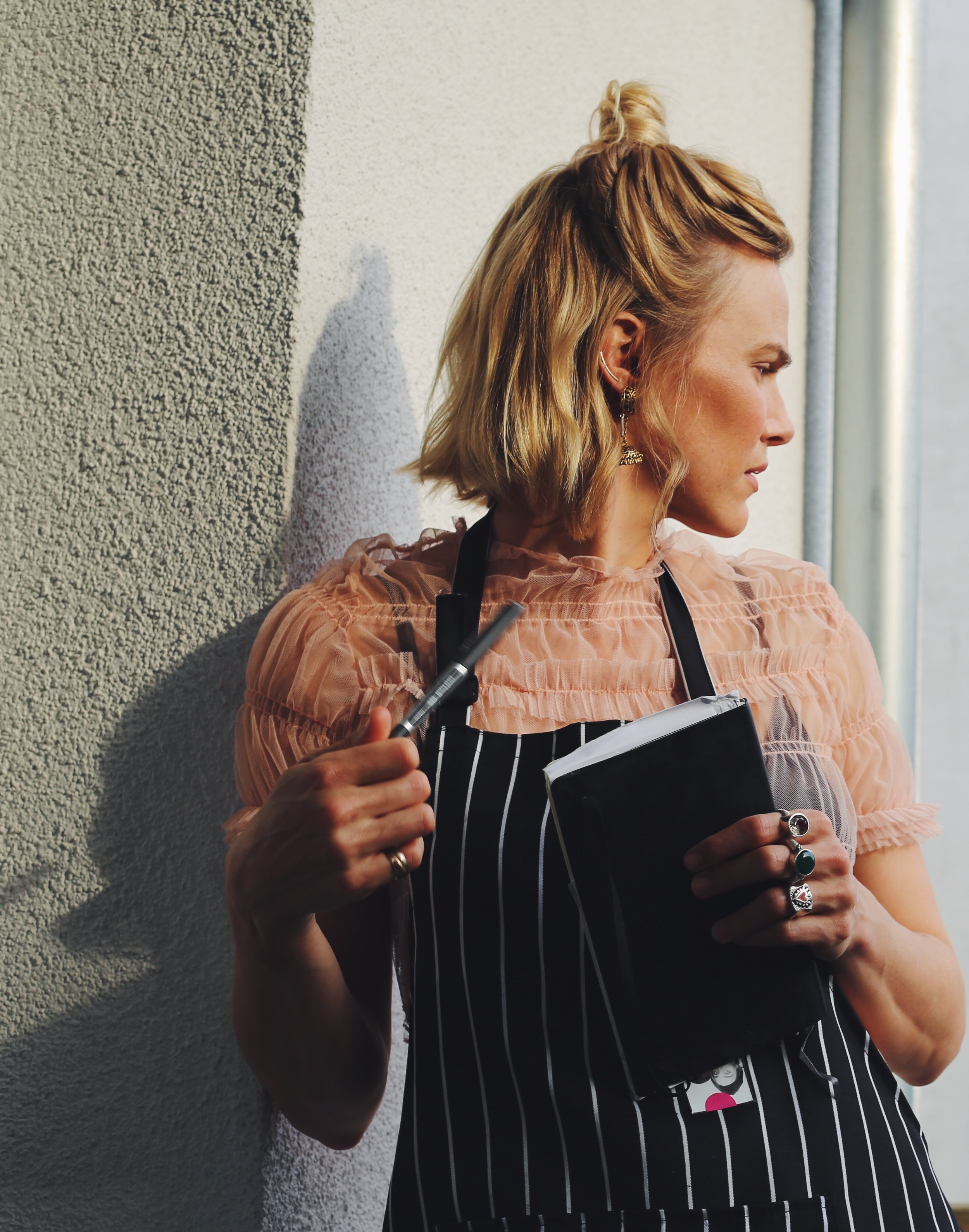 lc-vh is a fuss-free journal on food healing, a conscious lifestyle, being a mama and living connected & well. -