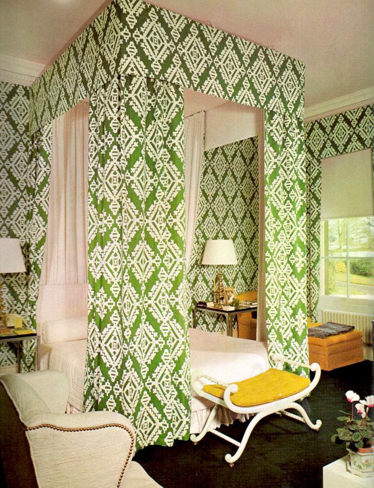 David+Hicks+Interior+Designer+GREEN+FABRIC+CANOPY+BEDROOM.jpeg