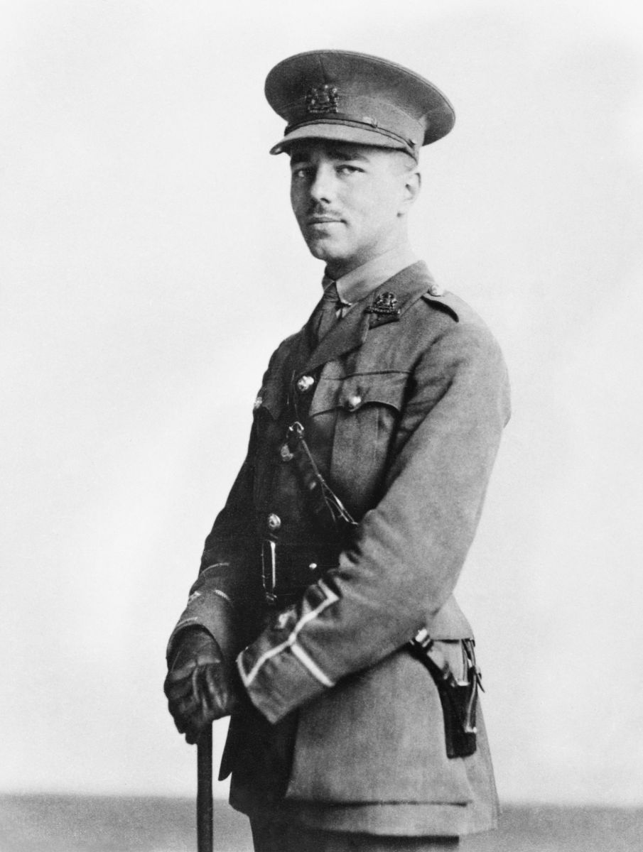 Portrait of Wilfred Owen. Copyright the English Faculty Library, University of Oxford and The Wilfred Owen Literary Estate.
