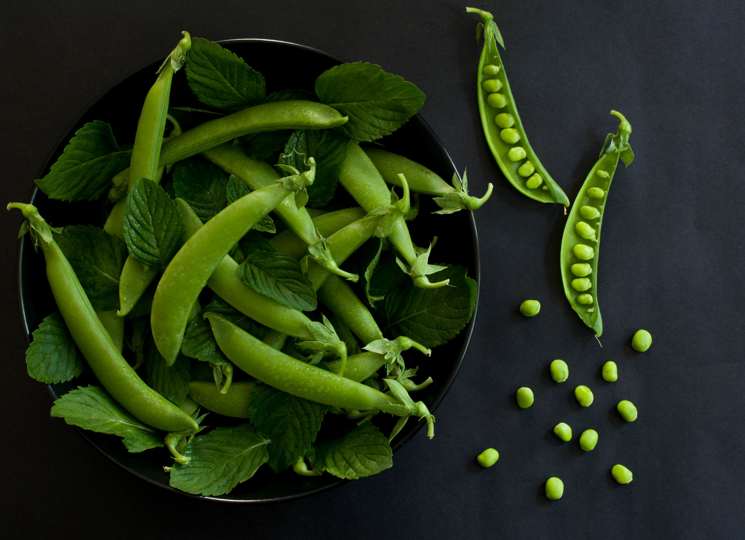 Snap peas and mint