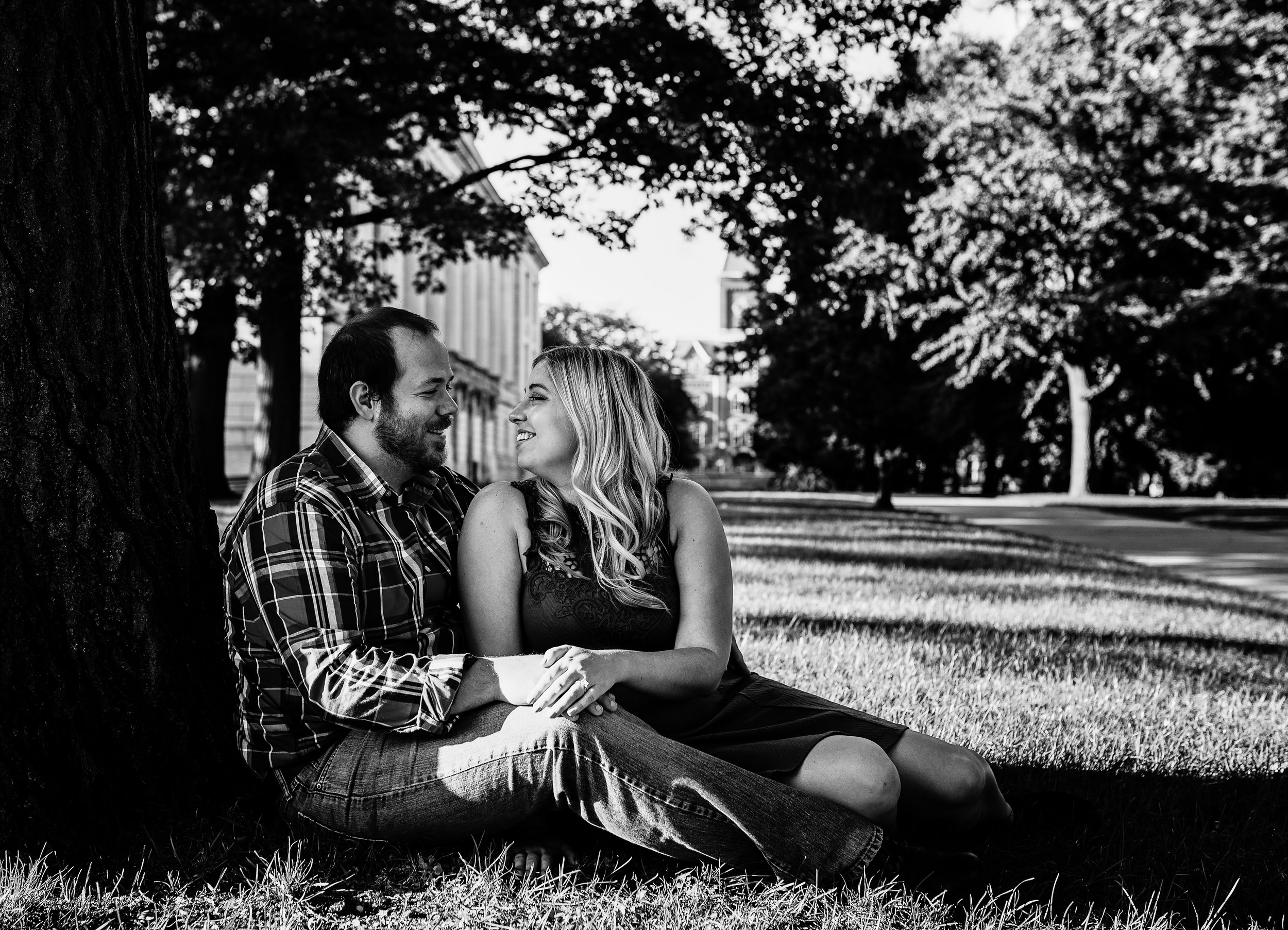 Engagement Pictures The Oval