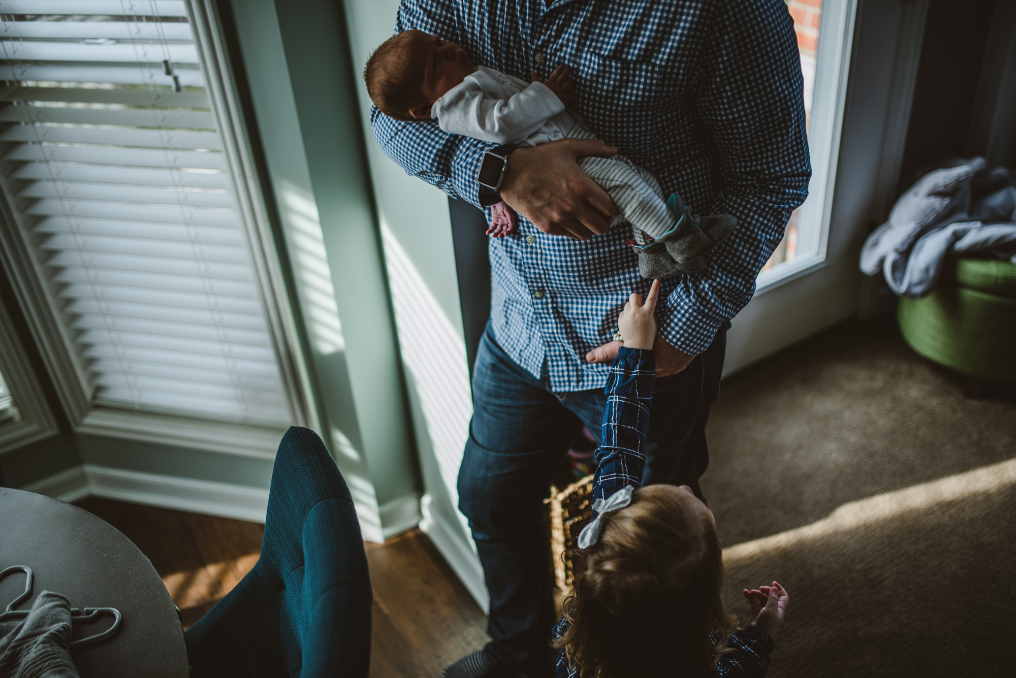 Columbus Ohio Photographer - Lifestyle Newborn Photography - Erika Venci Photography