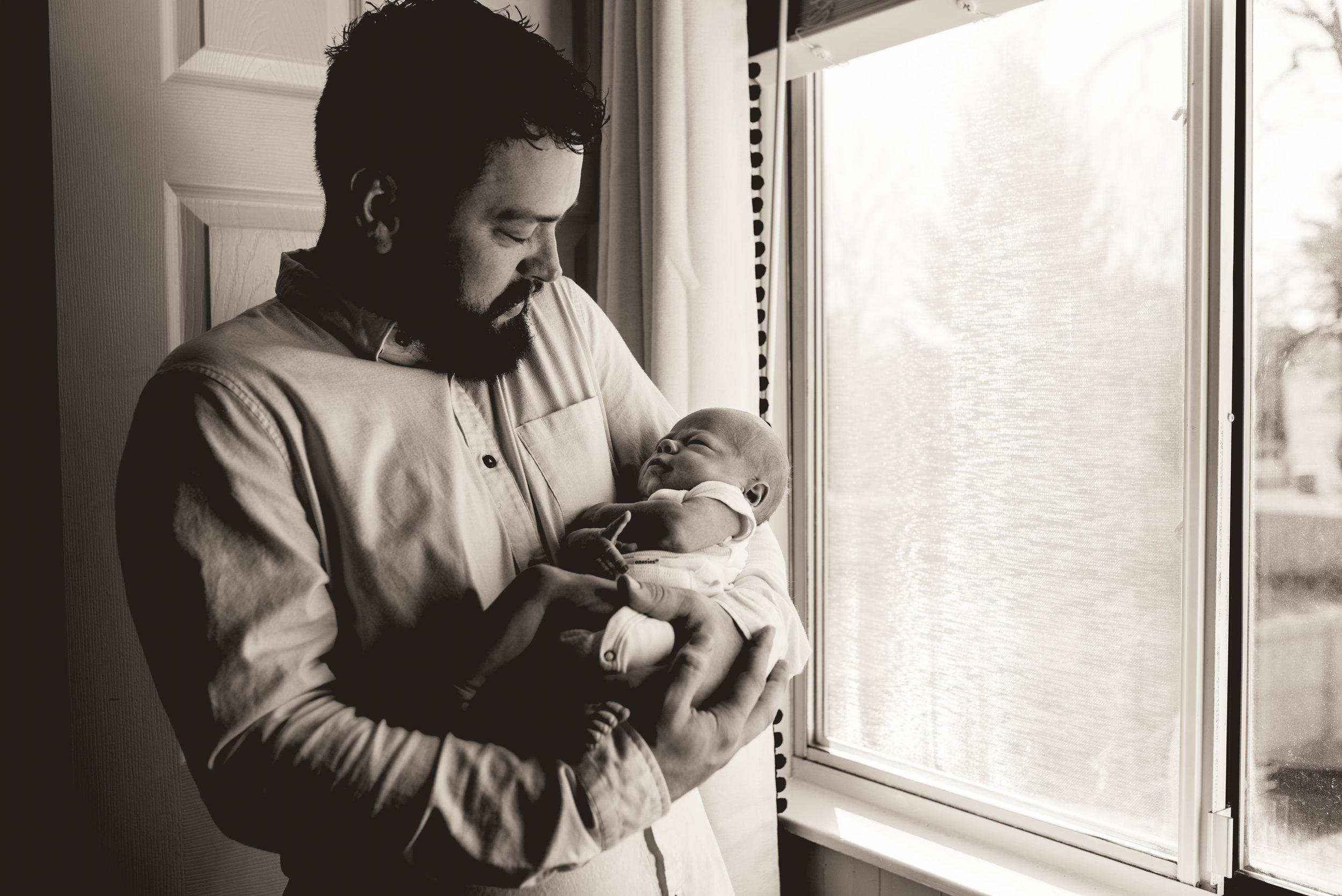 Columbus Ohio Lifestyle Newborn Photographer - Erika Venci Photography