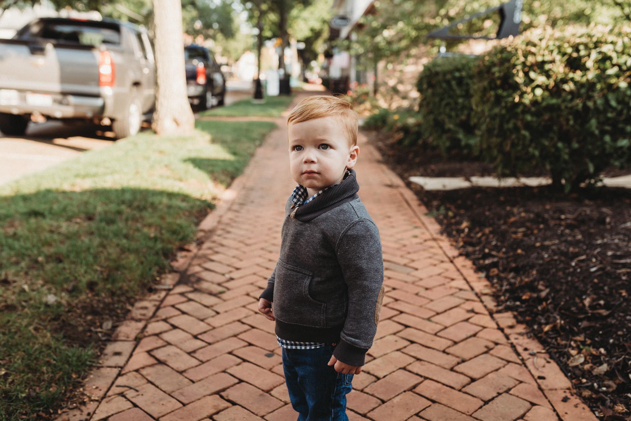 Downtown-Dublin-Ohio-Family-Photos-Erika-Venci-Photography