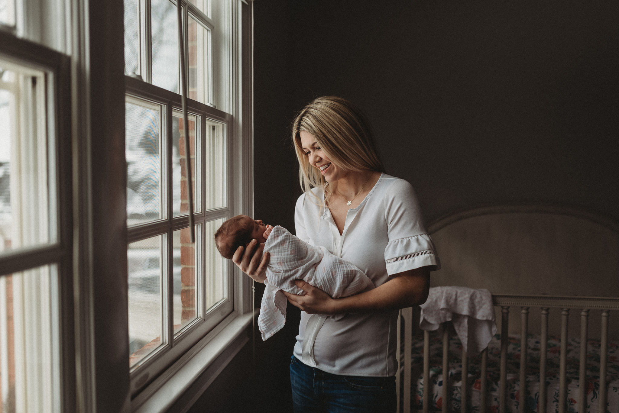 Newborn-Lifestyle-Photographer-Columbus-Ohio-Erika-Venci-Photography
