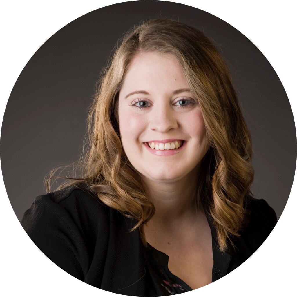 Ashley Heimerman, APRN, FNP-BC - Education: Graceland UniversityAshley loves building relationships with her patients and providing well rounded care. Ashley was drawn to the diverse population that GraceMed serves. In her time off, Ashley loves spending time with her husband and being adventurous!