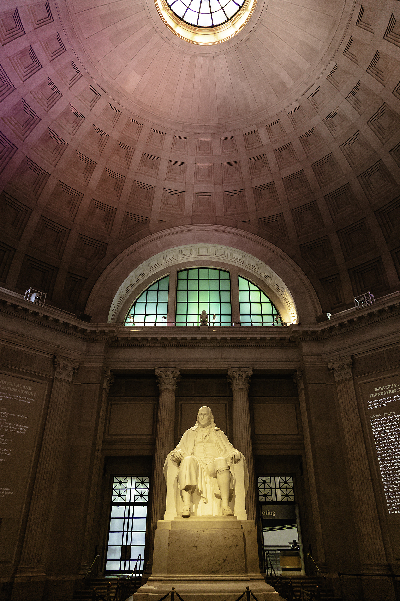 The Ben Franklin National Memorial, The Franklin Institute Rotunda