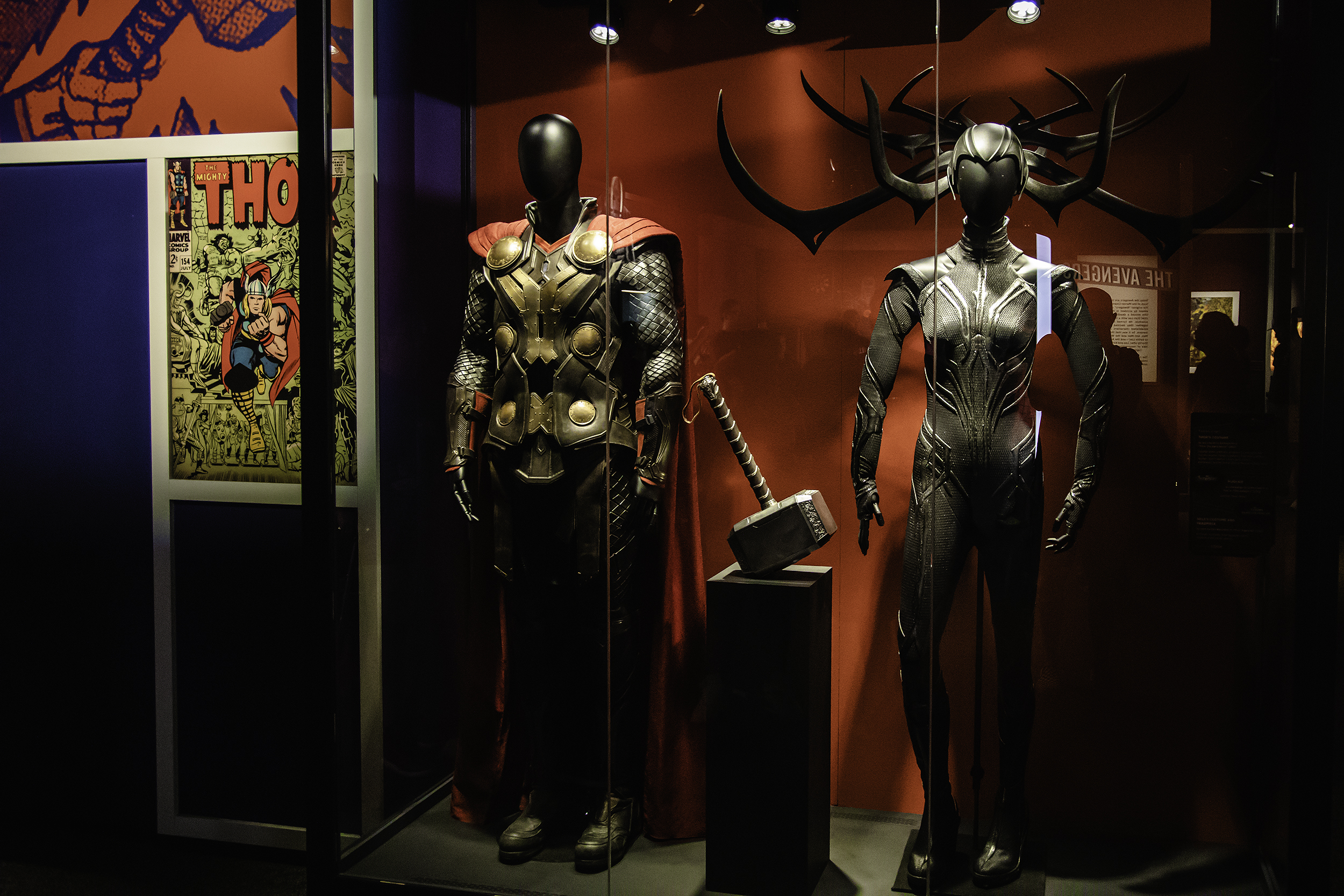 Thor and Hela Costumes with Mjolnir