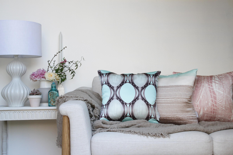 KBIRDY-silk_cushions