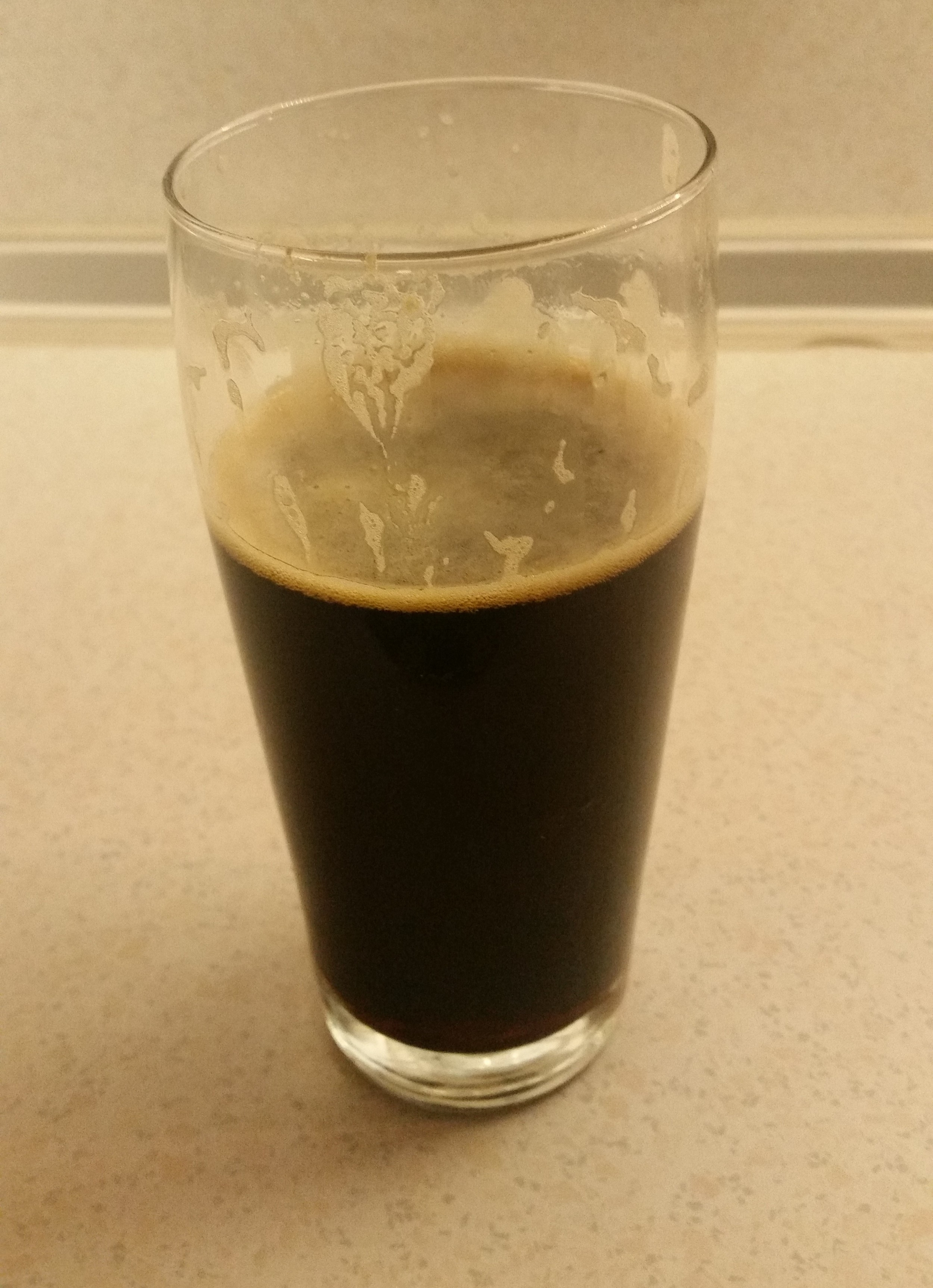 Fuller's London Black Cab Stout in nonic