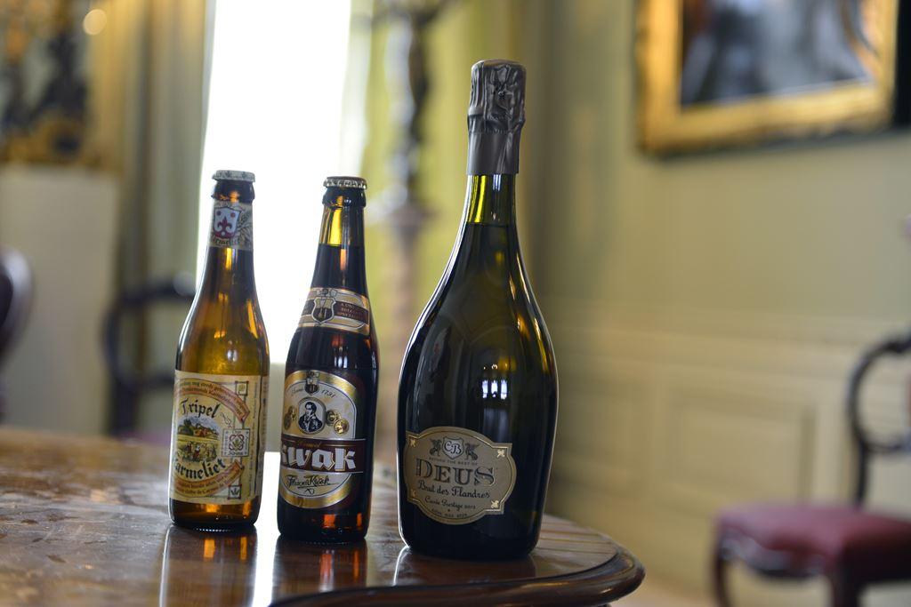 Ürettikleri 3 farklı bira, başka da üretmiyorlar. En sağdaki birayı bu yazıda anlatmadım, mevcut şartlarda ülkemizde görmemiz mümkün değil