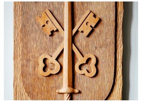 Aziz Paul'ün kılıcı ve Aziz Peter'ın anahtarları