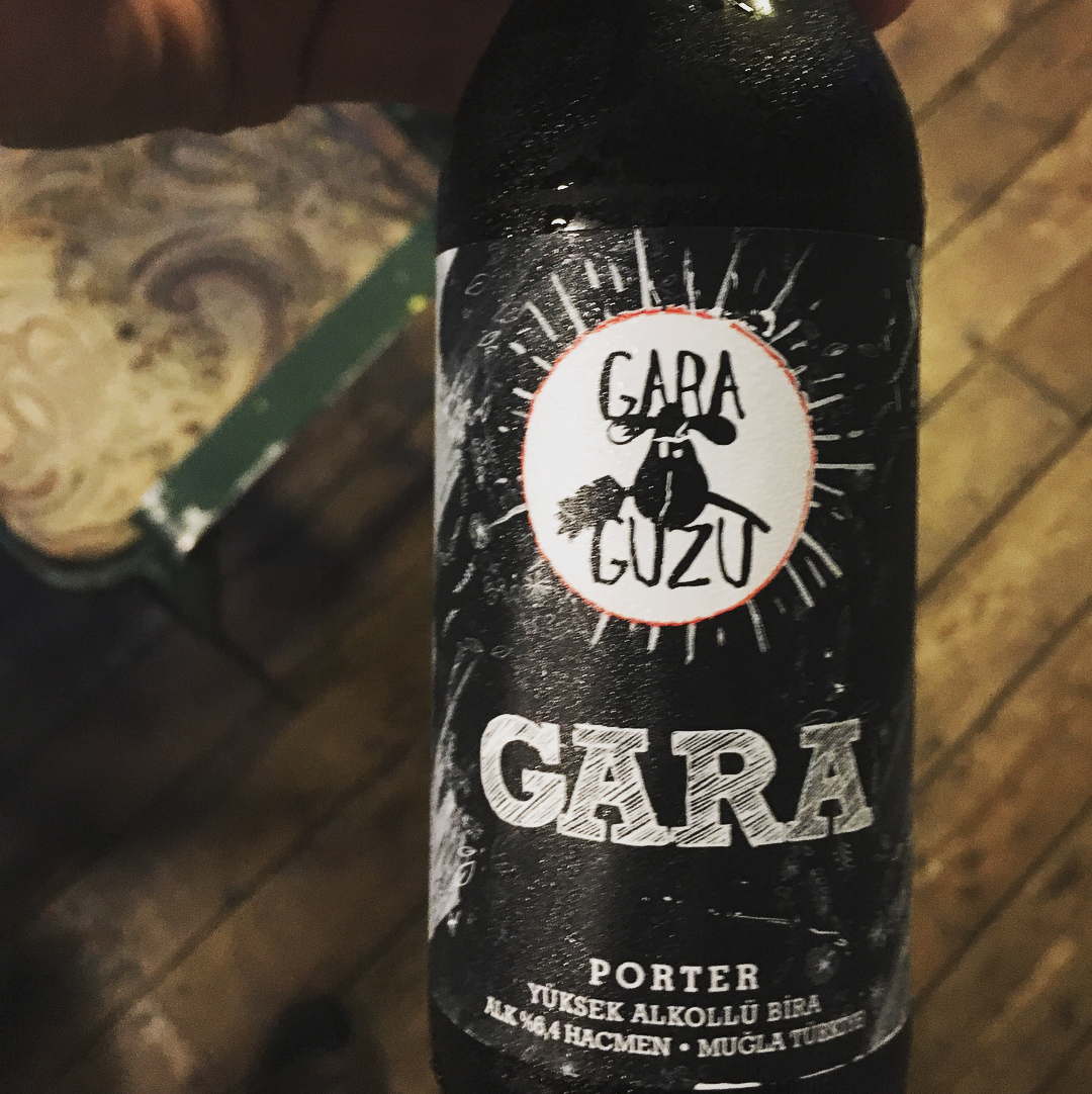 Garaguzu-gara-porter