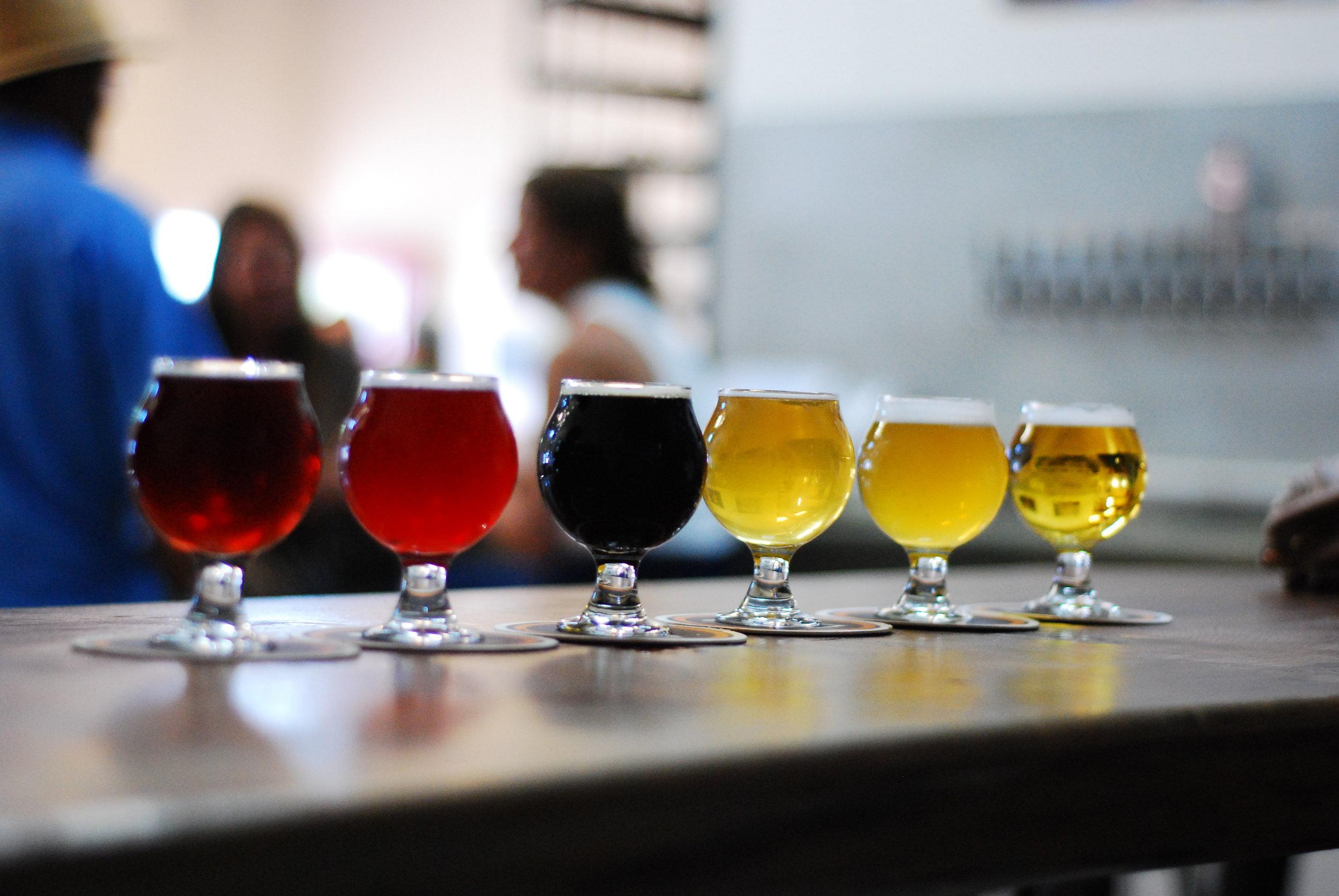 barrel-brothers-beer-flight