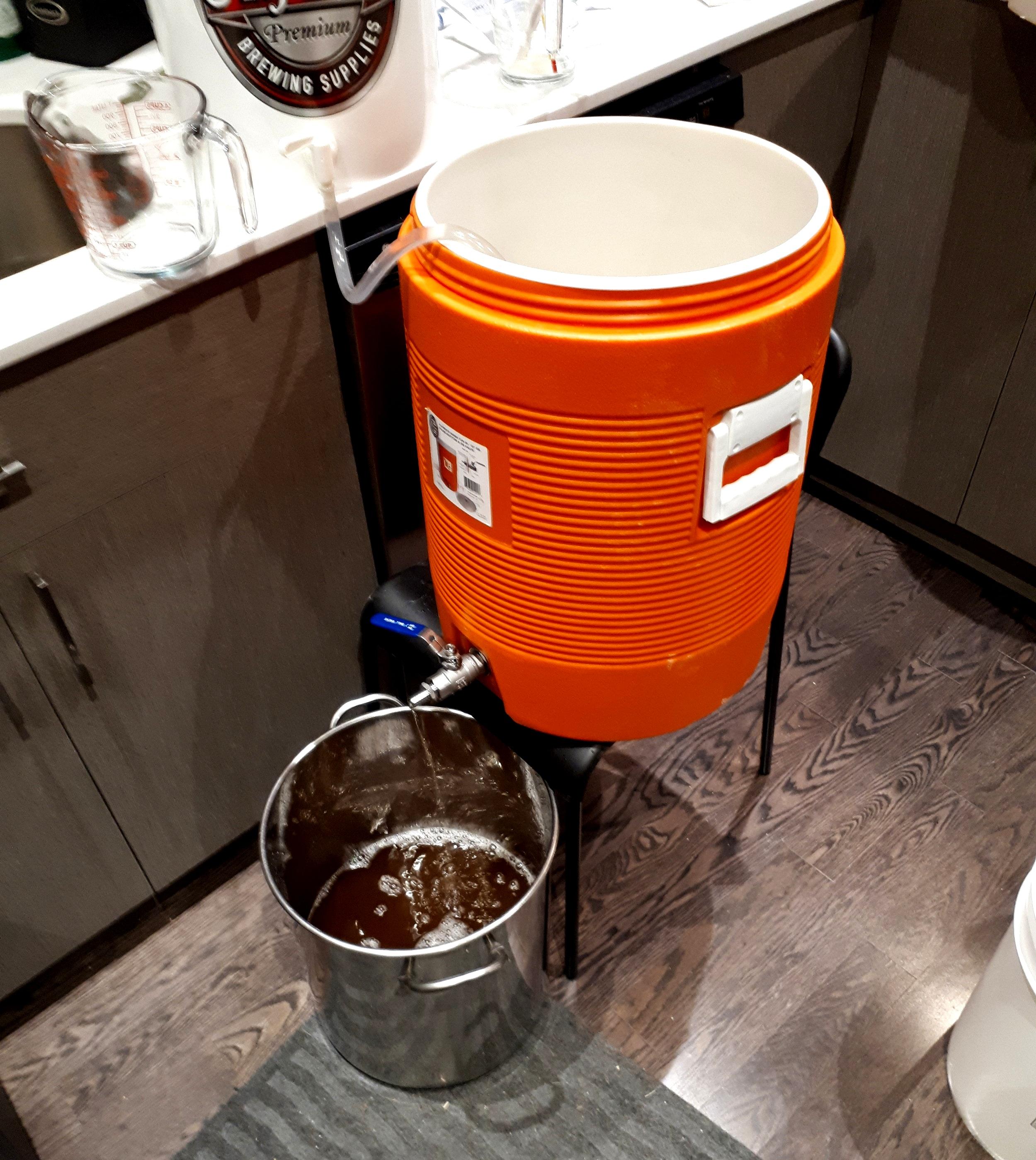 Evde bira yaparken temizliğe ve oksijen temasına dikkat